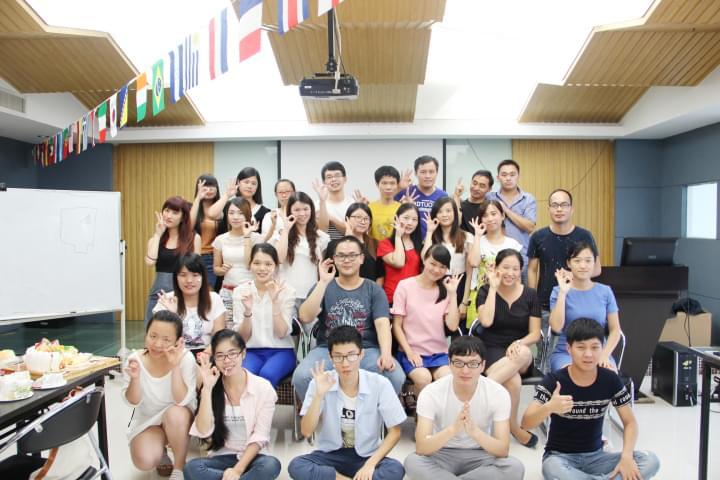青艺-2015年7月员工生日祝贺